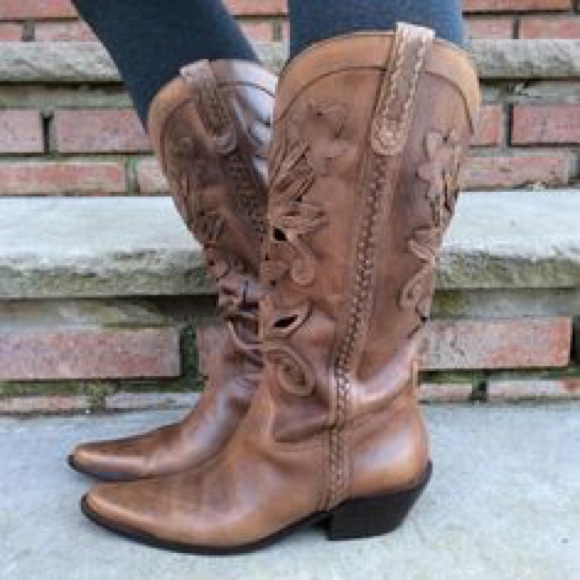 4bfc52f6f43 Matisse Tan Leather Laser Cut Out Western Boots